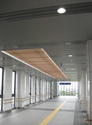 JR西金沢駅